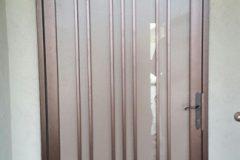 White-Res.-Door